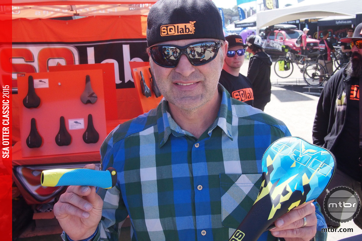 Hans Rey with his signature grips and saddles from SQlab at Sea Otter.