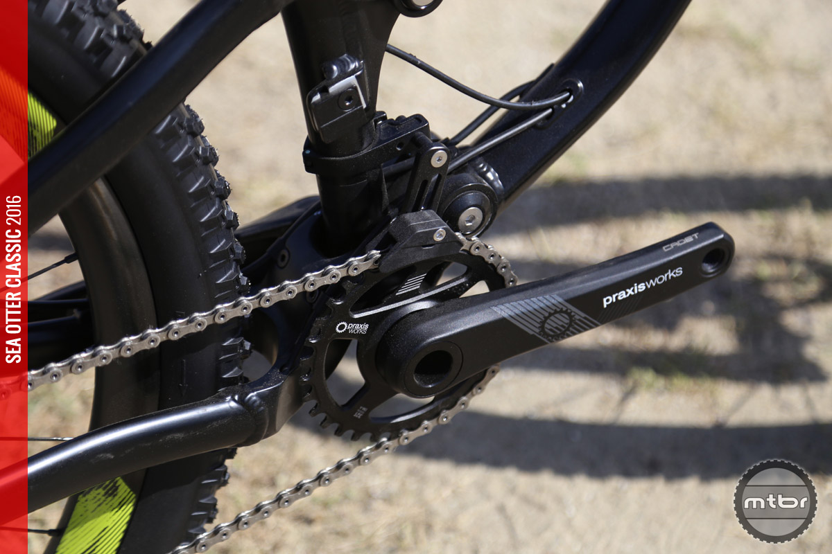The Haro Shift LT features the new crankset from Praxis.