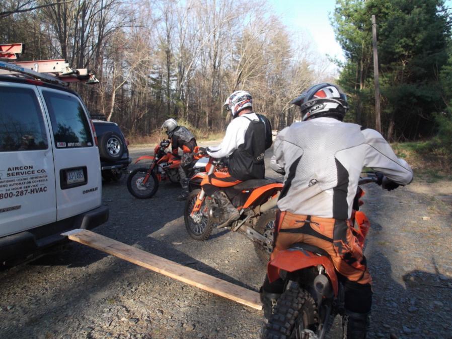 HCGA/NEPMTBA Friday Night Pasta & MTB Rides starting 3/16/12-hcgafnr-4-13-12-001_900x900.jpg