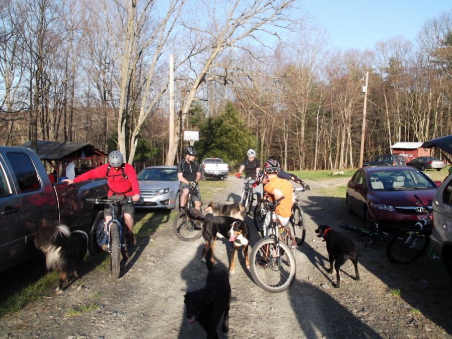 HCGA/NEPMTBA Friday Night Pasta & MTB Rides starting 3/16/12-hcgafnr-4-13-12-002_900x900.jpg