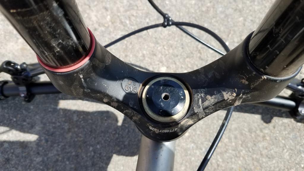 Headlock for tapered fork?-headlock.jpg
