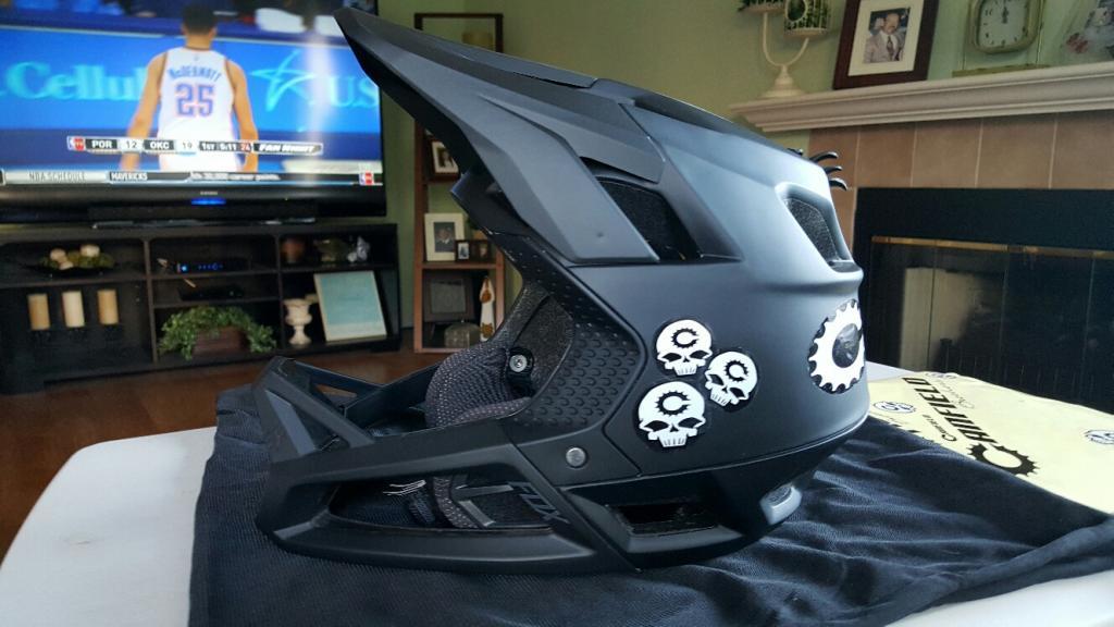 New Fox Proframe Enduro MTB Helmet-helmet-1.jpg