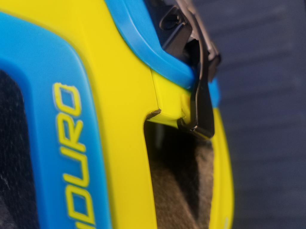 Leatt DBX 3.0 Enduro V2 Helmet - wasup?-helmet-1.jpg