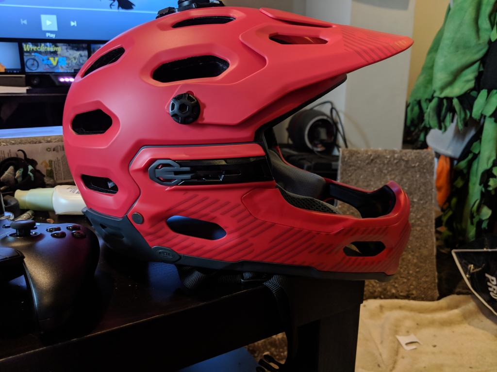 Post a PIC of your latest purchase [bike related only]-helmet.jpg