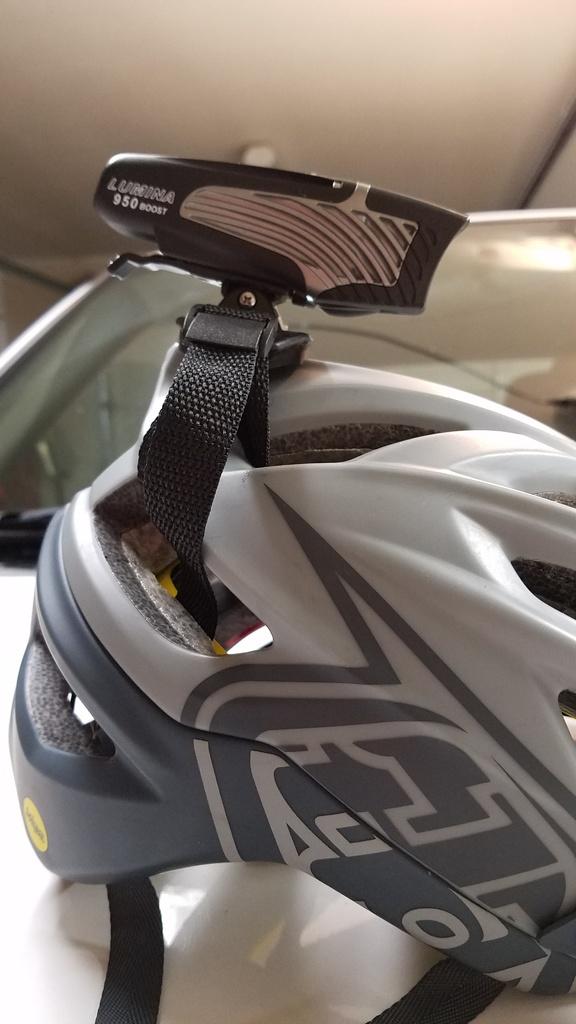 Nite Rider Micro Lumina 850 Helmet Mount Options??-helmet1.jpg
