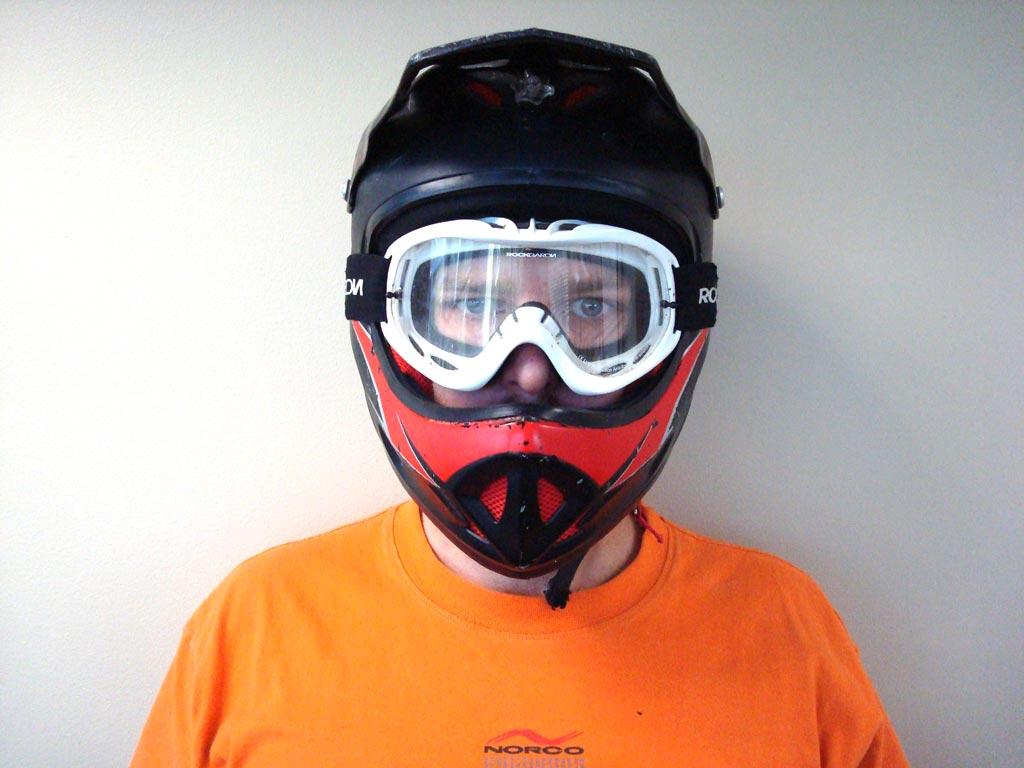 helmetfront