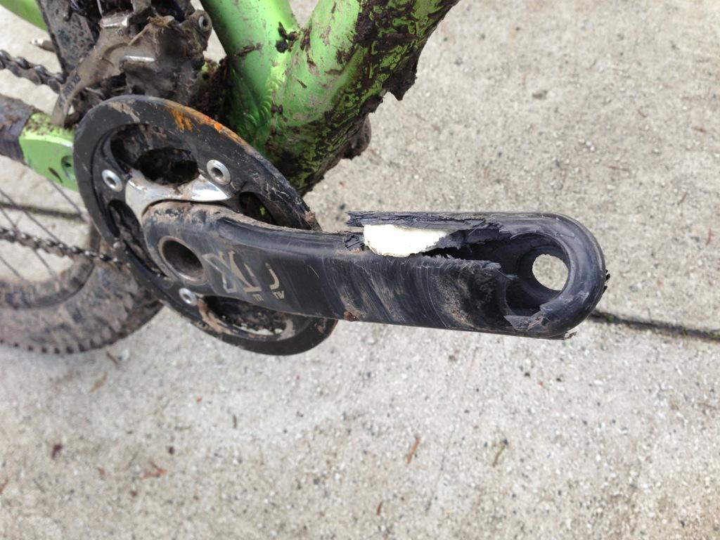 Broken XO Crank-highres_191459552.jpeg