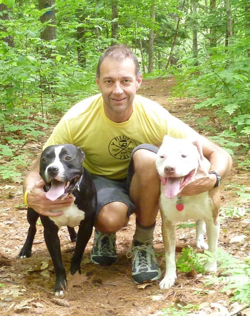 pit bull passion-hikingdogs.jpg