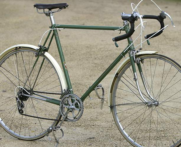One For the Retrogrouches-holdsworth1-613.jpg