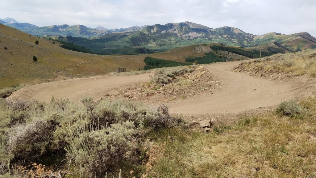 Deer Valley/Canyons/Jumps/Cross Country Stuff - Advise Please-holy-roller-resized.jpg