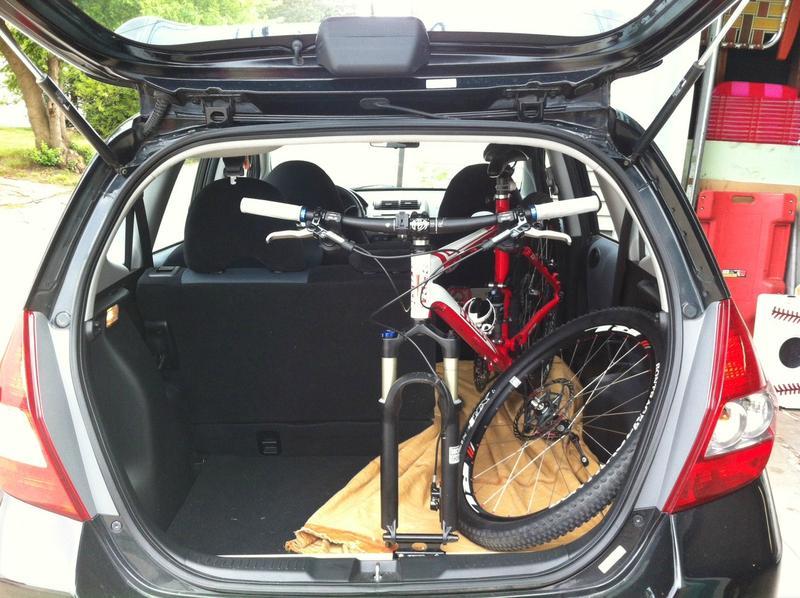 2016 CX-9 - Bike fit in trunk?-honda-fit-mountain-bike-boot-standing-up.jpg