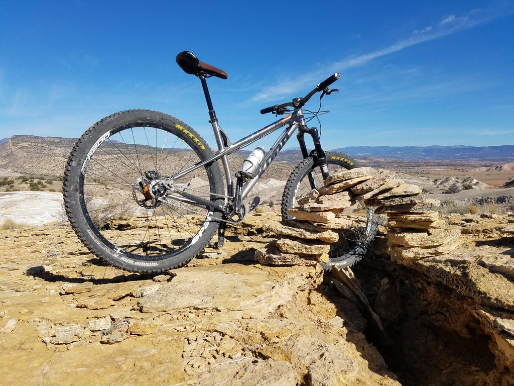 Share your LATEST SS ride...Pics and words-honzoti%40whitemesahole.jpg