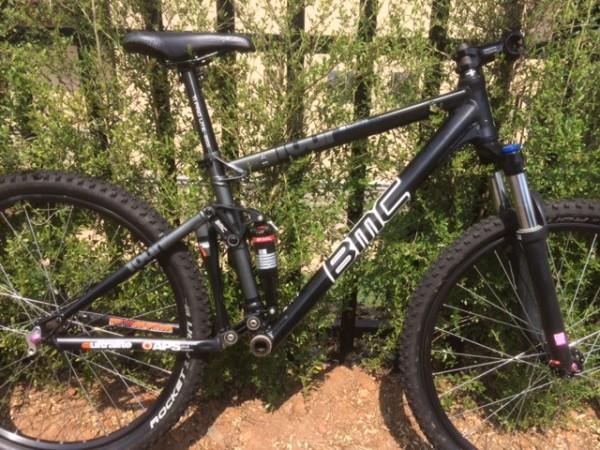 BMC Fourstroke 03-hubmarket-12909-0-72889200-1411556160_med.jpg