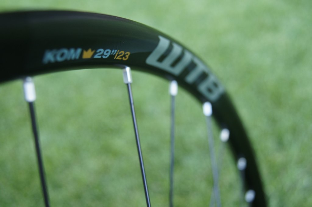 Lets see some blinged out wheelsets..I9,CK,Hope..anything goes!-hubsessed-cycle-works-black-chris-king-iso-wtb-kom-frequency-i23-front-rim.jpg
