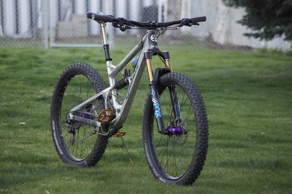 B+ Canfield stoke !!-hubsessed-cycle-works-canfield-brothers-riot-29er-chris-king-atomik-chubby-avalanche-chubie-fox-.jpg