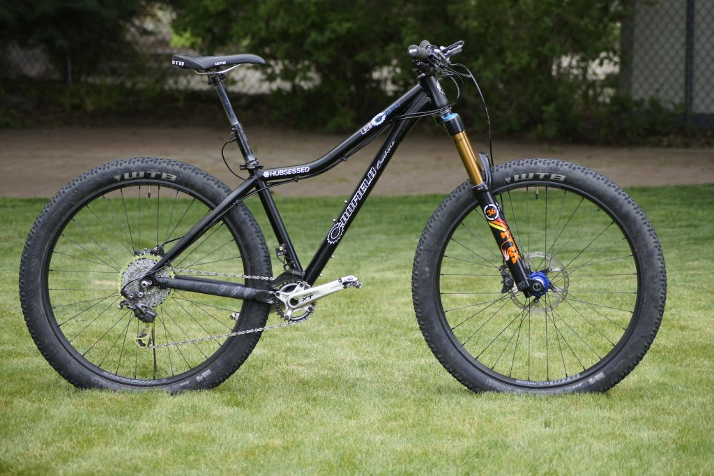 B+ Canfield stoke !!-hubsessed-cycle-works-canfield-brothers-yelli-screamy-fox-36-650b-plus-angled.jpg