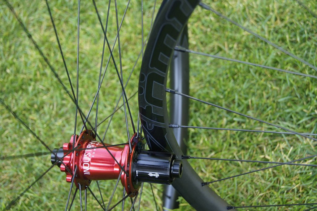 Lets see some blinged out wheelsets..I9,CK,Hope..anything goes!-hubsessed-cycle-works-industry-nine-atomik-carbon-set.jpg