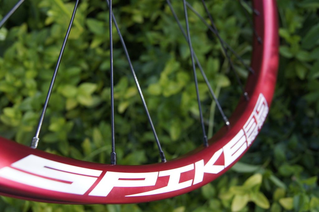 Lets see some blinged out wheelsets..I9,CK,Hope..anything goes!-hubsessed-cycle-works-industry-nine-spank-spike-evo-35al-4.jpg