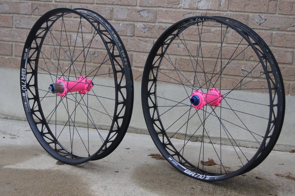 Surly ICT thread-hubsessed-cycle-works-onyx-racing-hubs-flo-pink-dt-swiss-br710.jpg