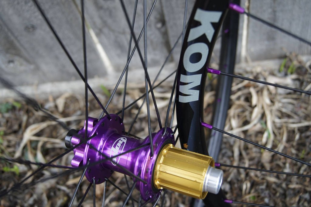 Lets see some blinged out wheelsets..I9,CK,Hope..anything goes!-hubsessed-cycle-works-purple-hope-pro-ii-wtb-kom-sapim-alloy.jpg