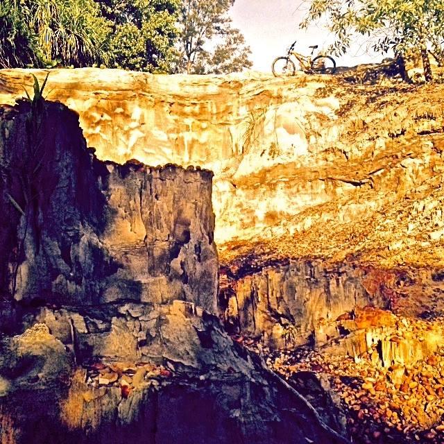 Brunei-hutan-berakas-cliff.jpg