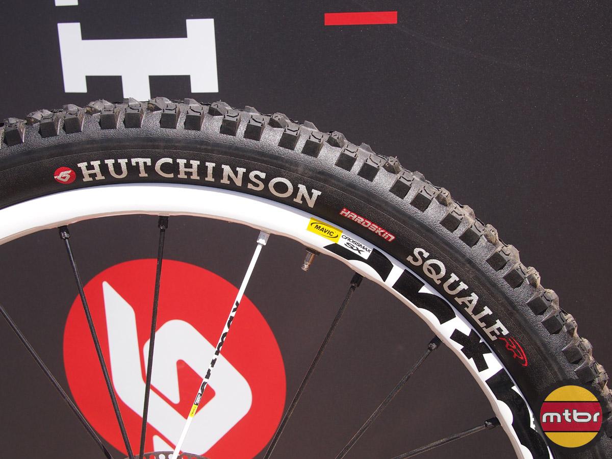 Hutchinson Squale DH tire