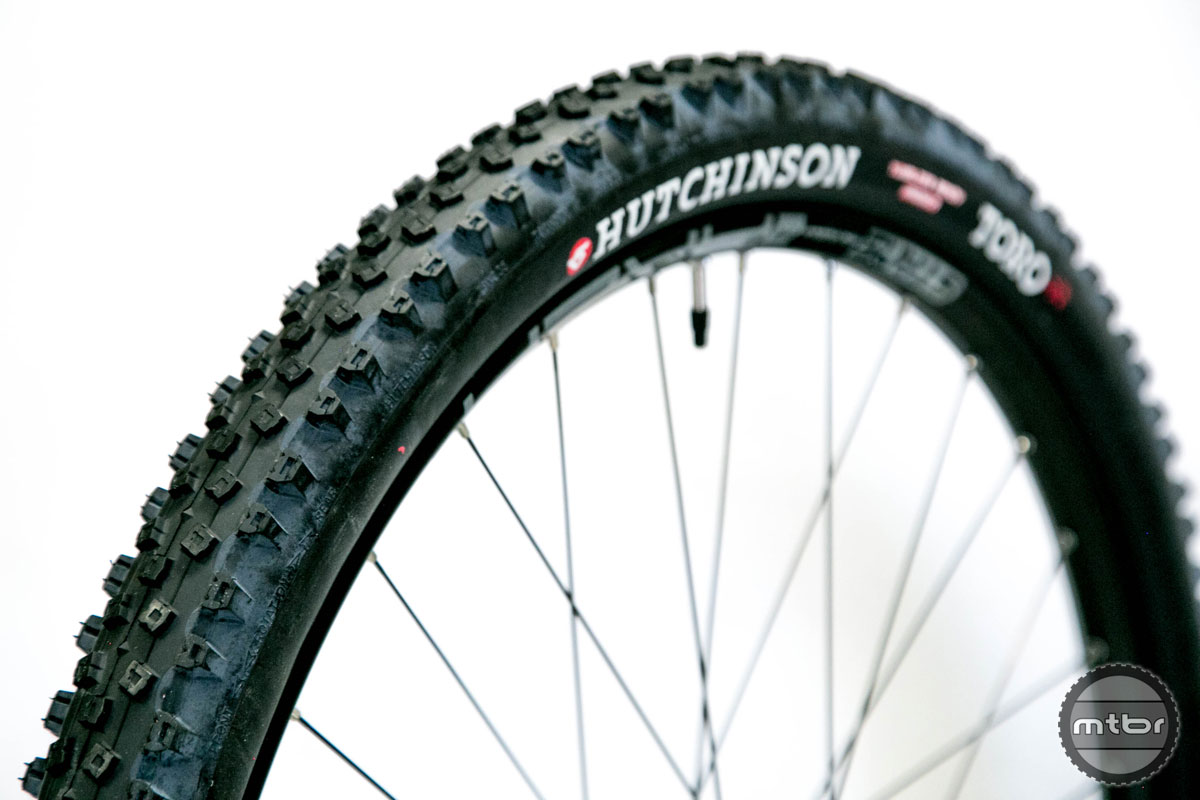 Hutchinson Toro 29x2.35