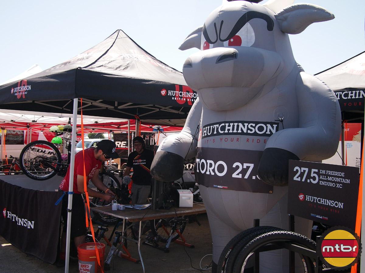 Hutchinson - Toro booth