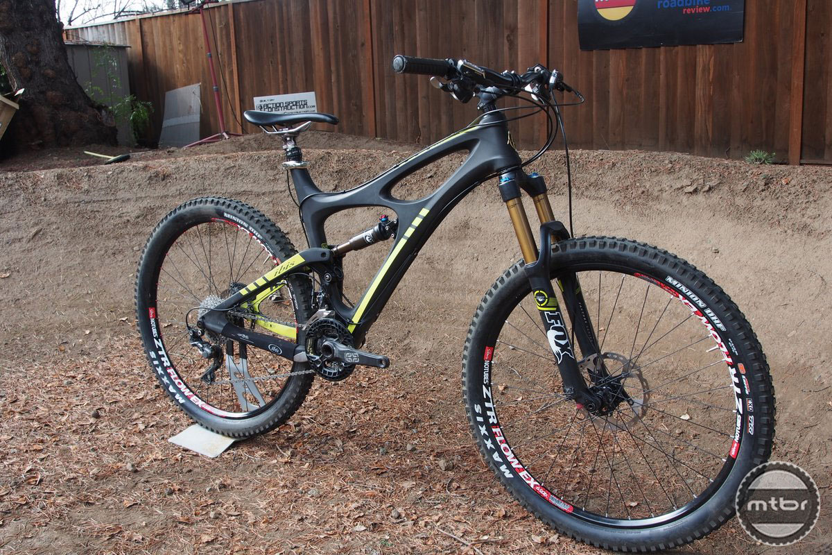 Ibis Mojo HDR 650 Front Quarter