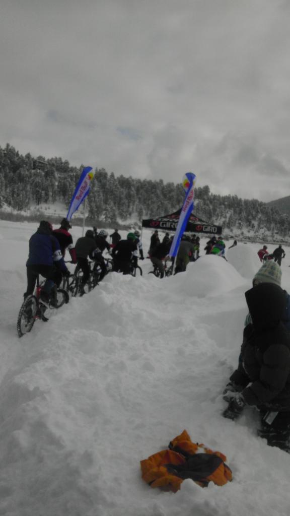 Mtb Racing on Ice-ice-pelaton.jpg
