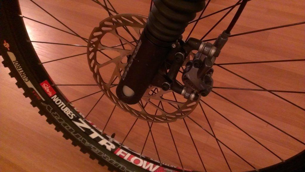 New brakes for my Prophet 5-imag0060.jpg