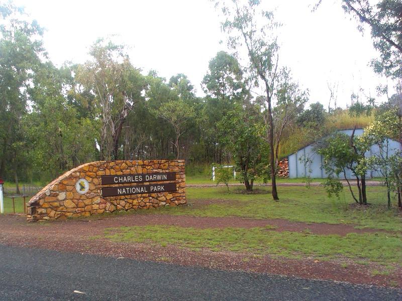 Charles Darwin National Park-imag0195-1.jpg