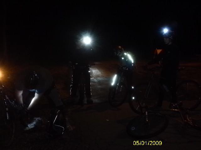 Anyone riding the Moon Tonight?-imag0362.jpg