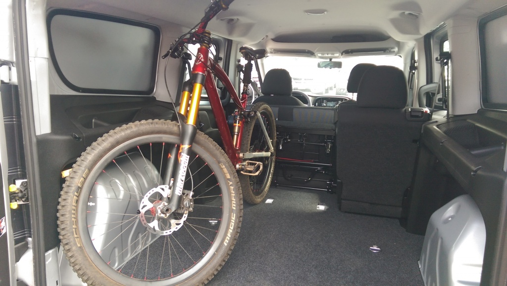 "Does your mountain bike fit/travel ""in"" your car?-imag0371-3-.jpg"