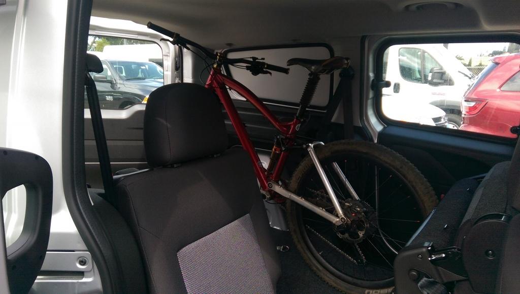 New Ford Transit Connect van-imag0372-1-.jpg