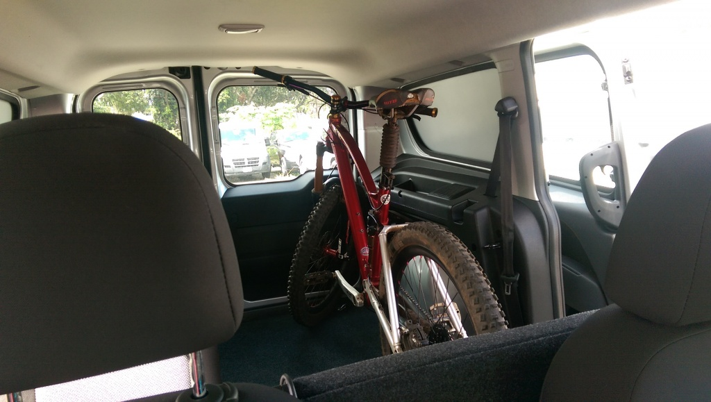 "Does your mountain bike fit/travel ""in"" your car?-imag0376-1-.jpg"