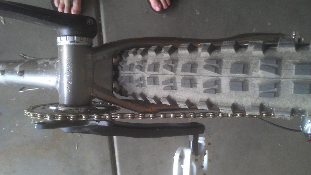 X-Post: BIG tires on a Yelli-imag0417.jpg