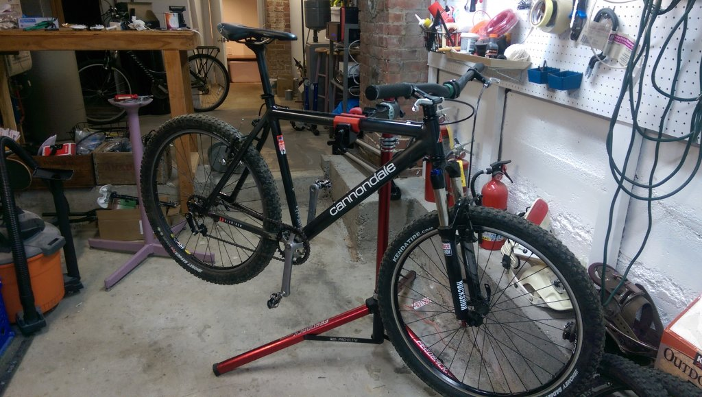 Are you still running a 26 frame with rim brakes ?-imag0426.jpg