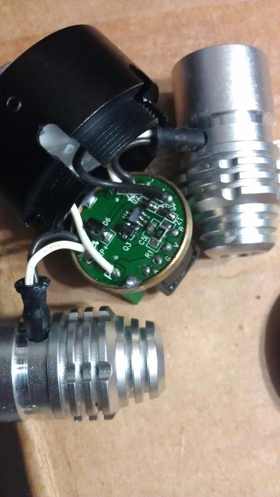 Color Cables for 2400 Lumens CREE XM-L T6 LED +2x XPE R2 LED Bike-imag0619.jpg