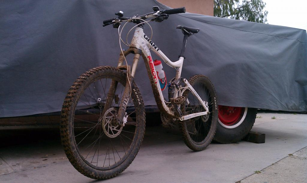 Giant bikes pics thread-imag0623.jpg