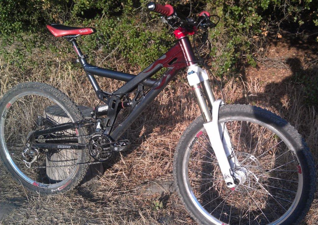 Old School DH bikes-imag1096-1024x725-.jpg