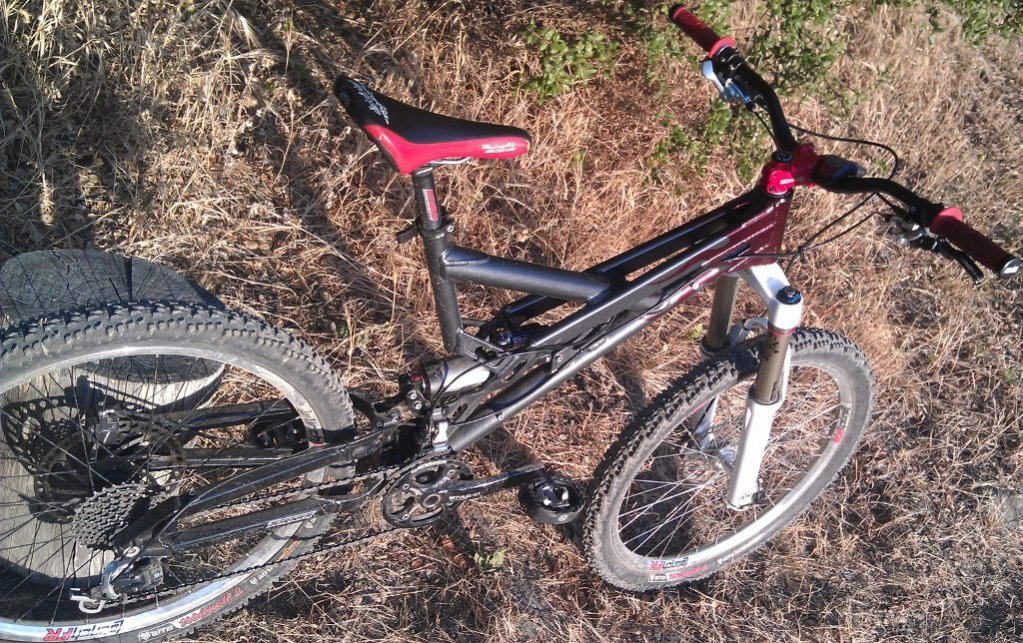 Old School DH bikes-imag1098-1024x644-.jpg