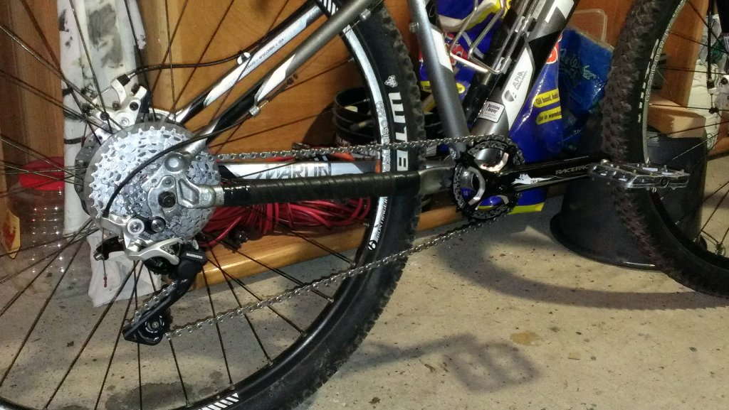 Upgrade 2013 Trek Marlin Fork?-imag2364.jpg