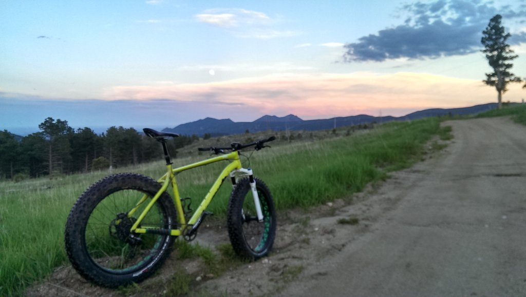 Specialized Fat Boy:  How I went tubless-imag2540.jpg