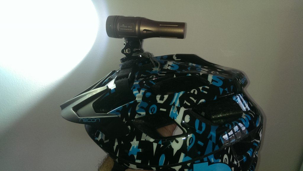 Full Review: ITUO WIZ 1 & 2 900 Lumens USB rechargeable and wireless bicycle light-imag3512.jpg