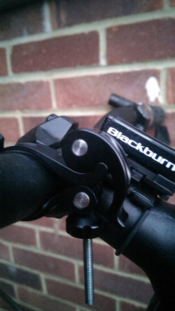 Full Review: ITUO WIZ 1 & 2 900 Lumens USB rechargeable and wireless bicycle light-imag3578.jpg