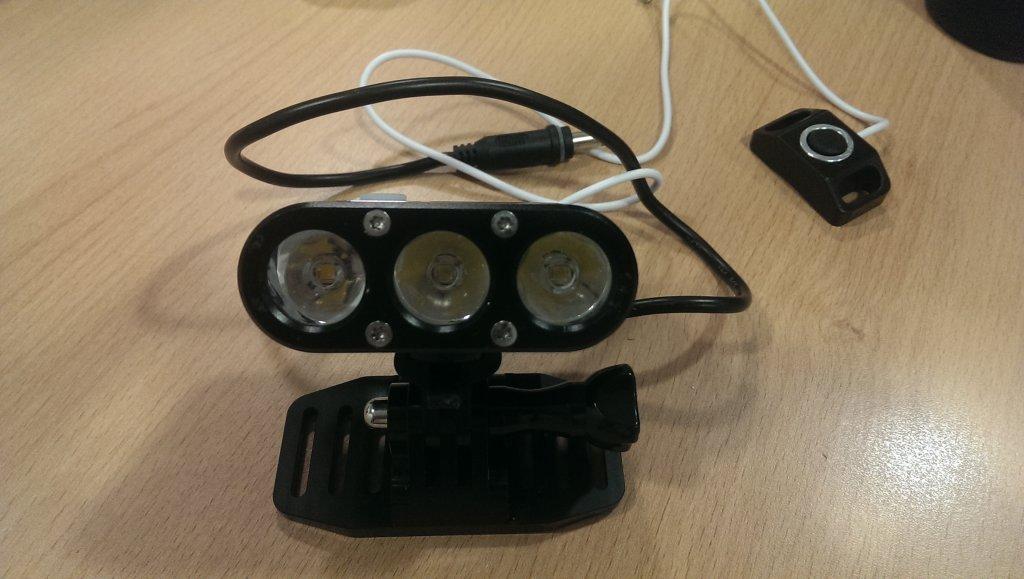ITUO WIZ XP3 Triple XM- L2 U3 bike light-imag4643.jpg