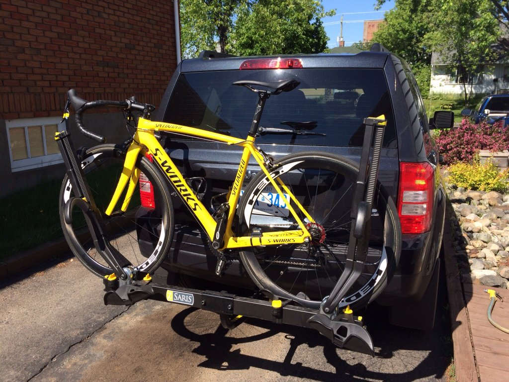 bike the centre racks barhitch rack hitch over mouse for tow carrier magnify thule image mounted to roof imagemove shop larger