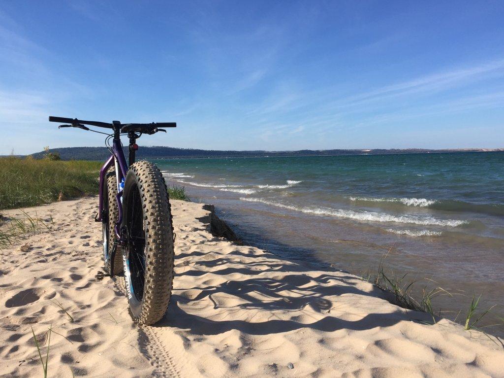 2016 Trek Farley 5, 7, 9, 9.6, and 9.8 Fat Bikes-image.jpg
