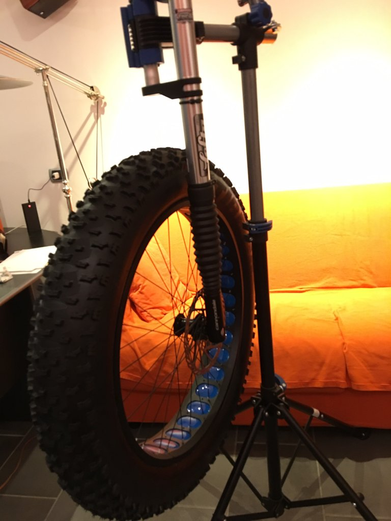Lefty for Fat Bikes-image.jpg